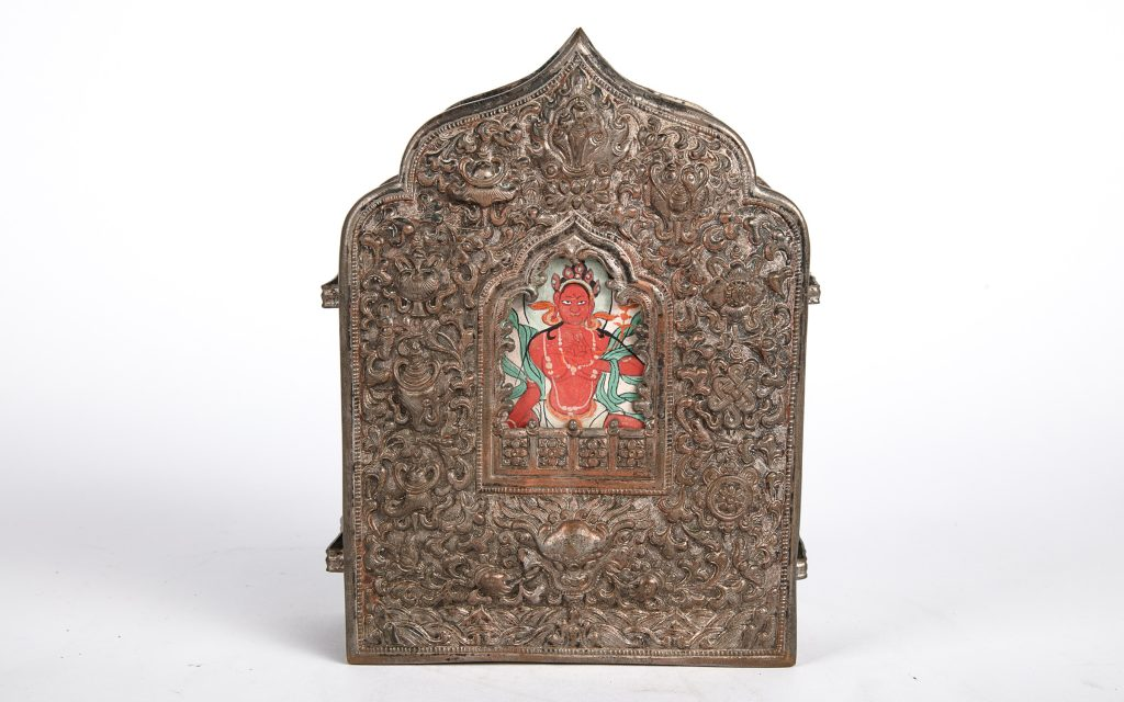 Tibetan travel altar